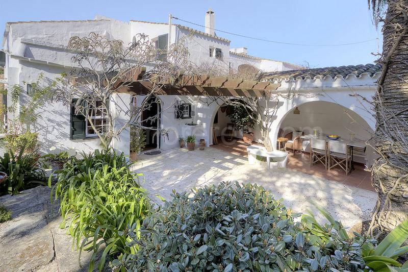 Country house in Trebaluger, Es Castell