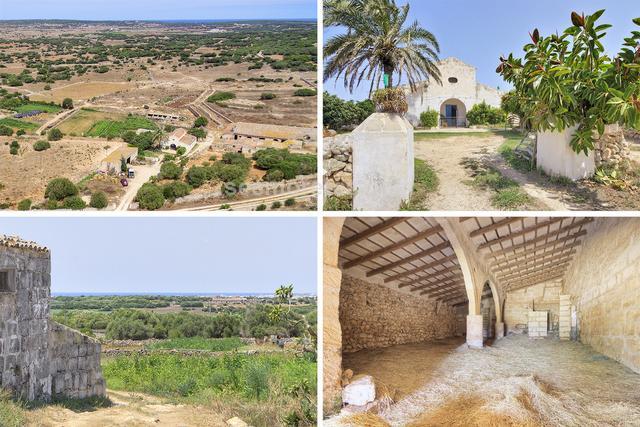 Finca rústica con encanto de 860.000 m² con una estupenda casa menorquina de dos plantas de aproximadamente 500 m² edificados, más otras edificaciones rurales. Tiene pozo y electricidad de la red. Se ve Mallorca en los días de buena visibilidad.
