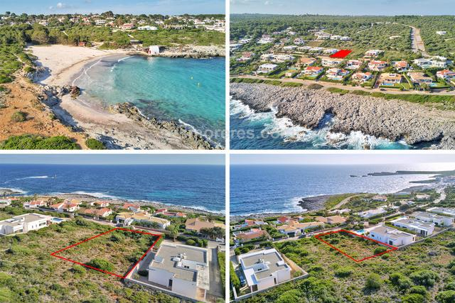 Plot of land with sea views in the prestigious urbanization of S´Atalaya, located in an area within walking distance of the sea and the beach of Binibeca and enjoy beautiful views of the sea. 990 m² plot size, qualified urban, sea view.