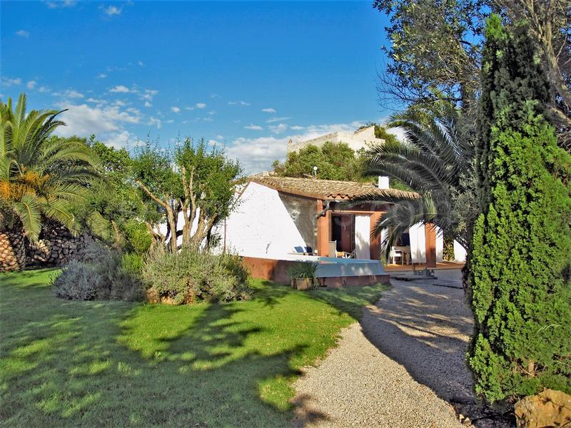 Country house in Binissaida de Sa Torre, Es Castell